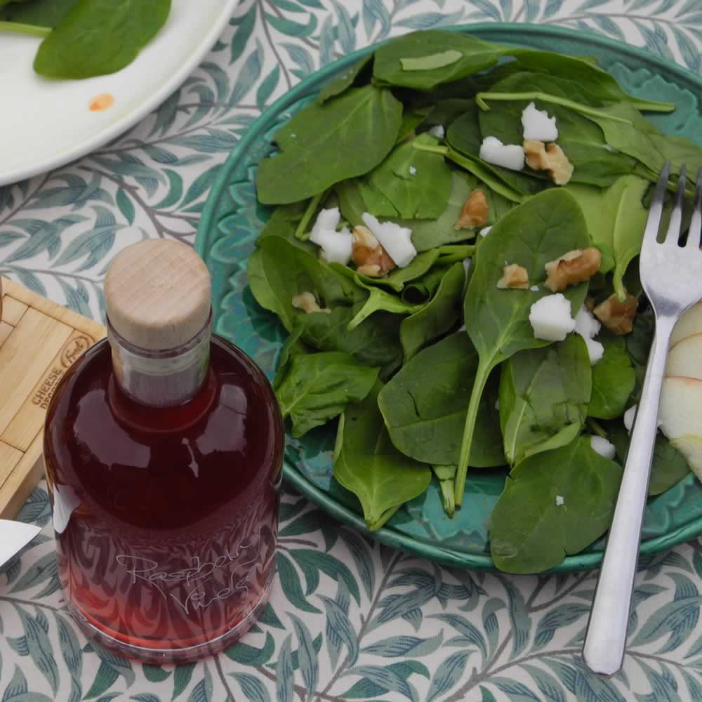 Spinach and Walnut Salad with Goats Cheese and Apple