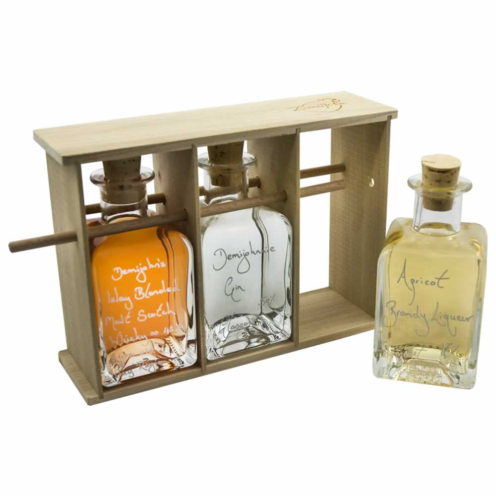 Our new Scottish Rose Cocktail Gift Set, perfect for a Burns Night Supper